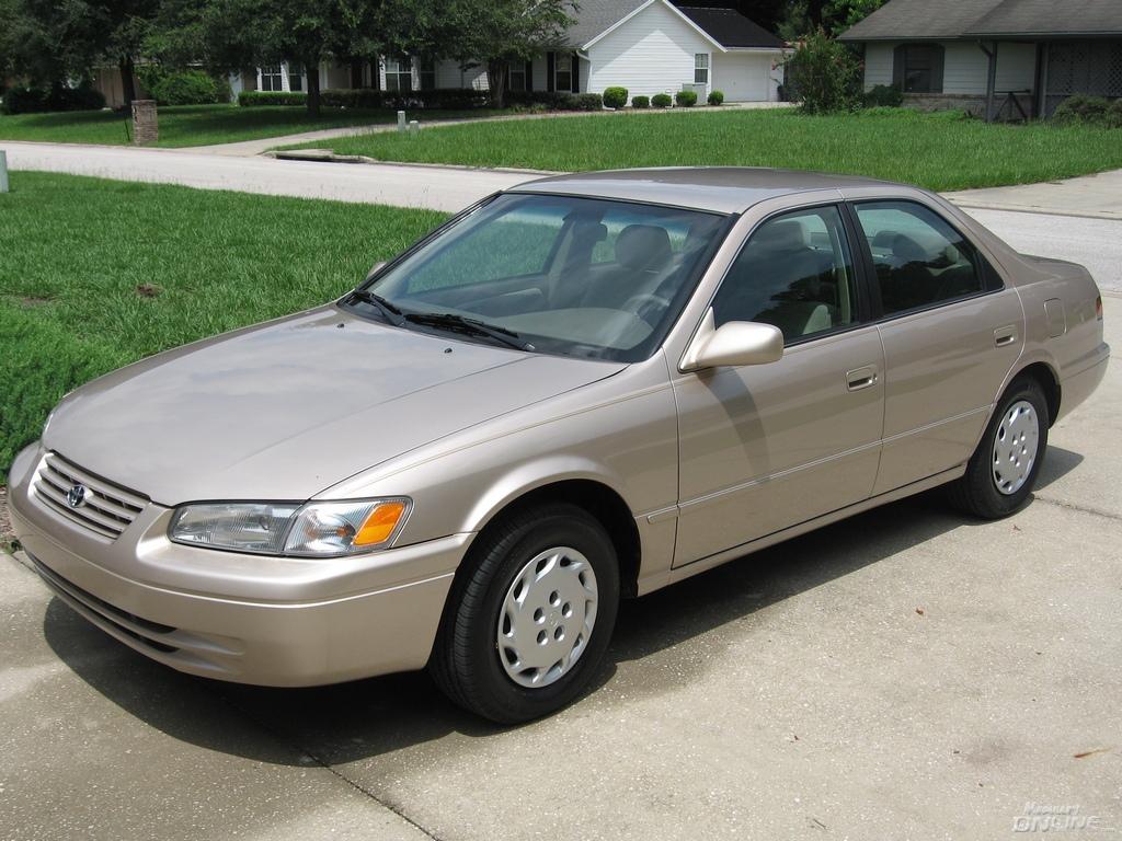 1999 Toyota Camry Correction