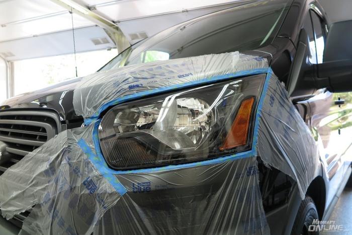 Using Meguiar S G17804 Keep Clear Headlight Coating