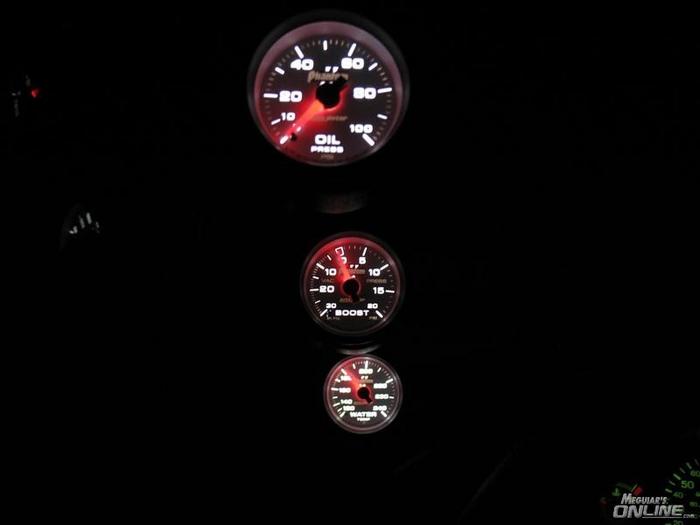 Autometer Phantom II Gauges